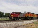 BNSF SD75M 8263 & BNSF C44-9W 4845