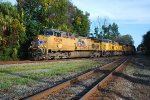 UP 5839 on CSX Q605 with eleven engines
