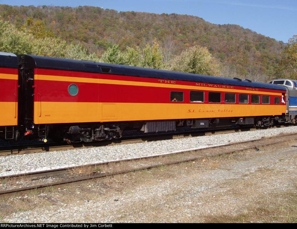 "Private Car ""St.Croix Valley"" on 2011 ""New River Train"""