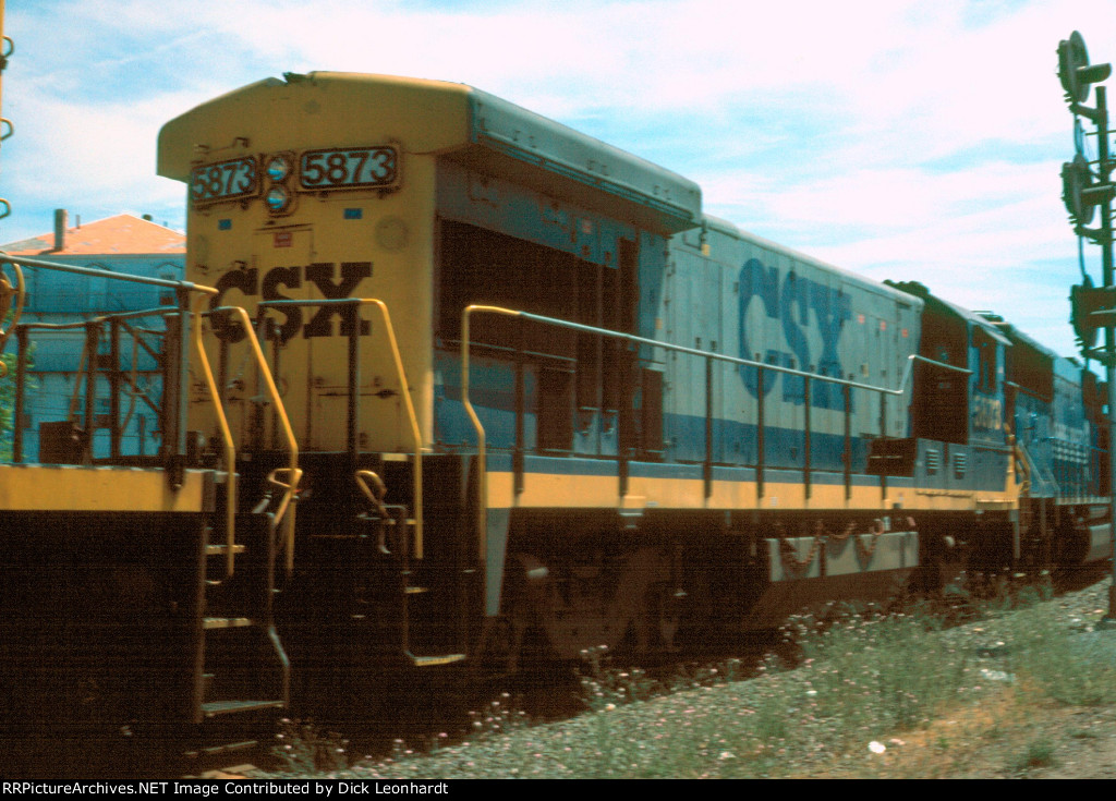 CSX 5873