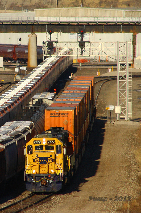 Westbound BNSF Yard Job Train