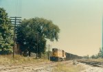 Passing B&O freight - across the diamond, EL crossing.
