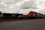 CN SD60s meet