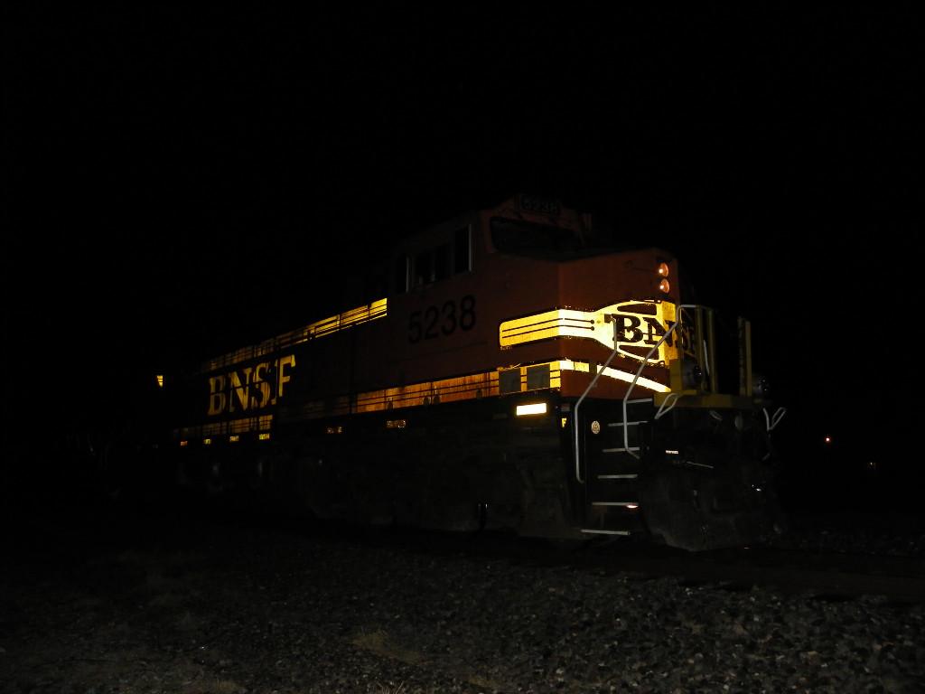 BNSF C44-9W 5238