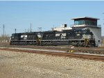 Two SD70ACe