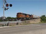 BNSF 7260 leads a wb stack train.
