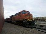 BNSF ES44DC 7607
