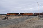 BNSF 4917 with Westbound Grainer