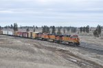 BNSF 4871 with Eastbound Mixed Freight