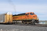BNSF 5886 Accelerating Westbound