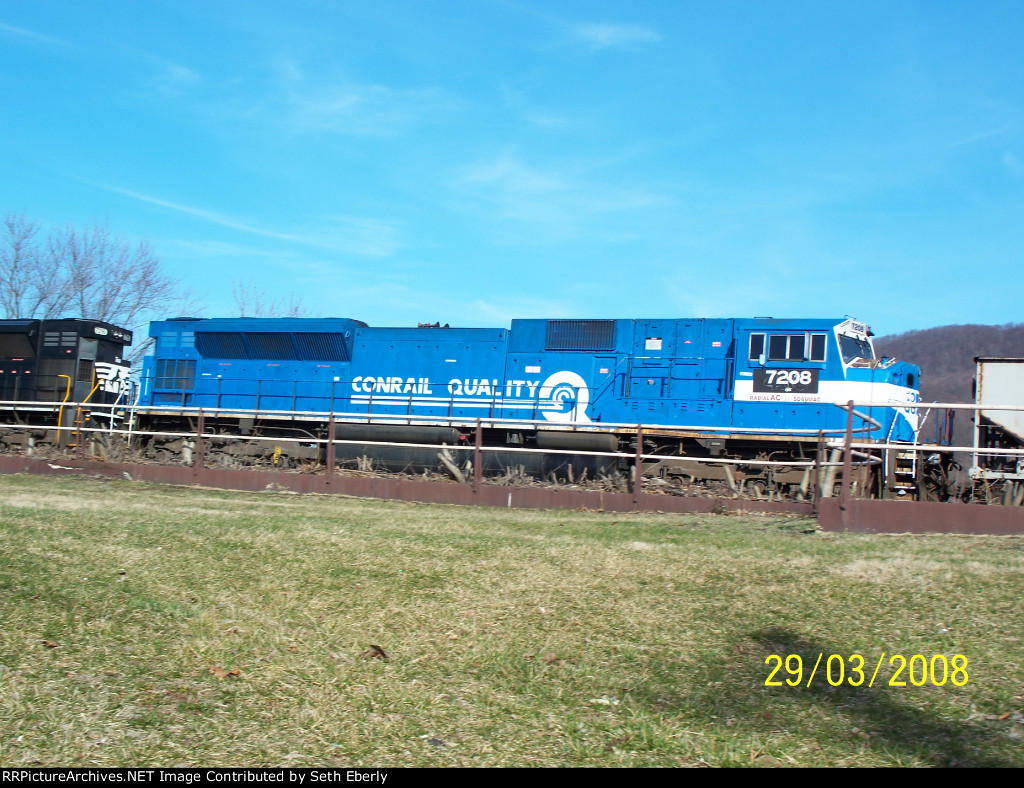 NS 7208