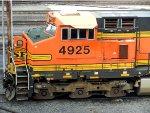 BNSF GE C44-9W 4925