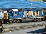 CSXT EMD GP38-2 2715