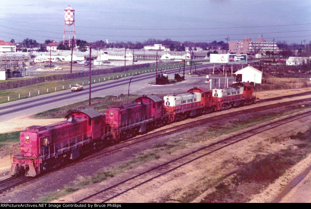 2 GM&O RS1 + 2 ICG RS1 consist - 1974