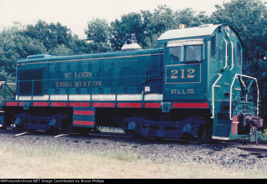 Alco S4 MRS 212 enroute to become GU 212