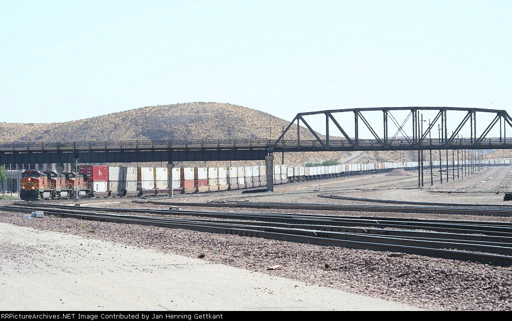 BNSF 5458