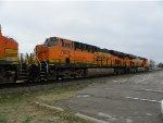 BNSF ES44DC 7902
