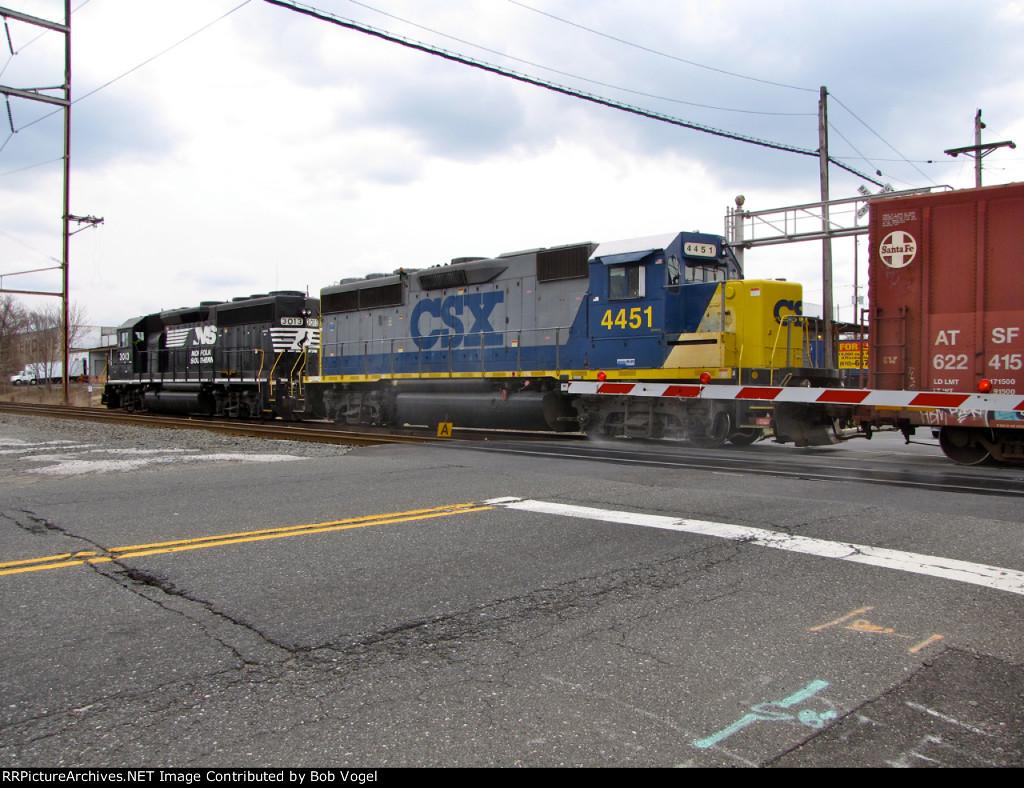 CSX 4451 and NS 3013