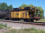Loram Caboose with Crew