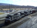 SD70M-2 Leads Eastbound Coal