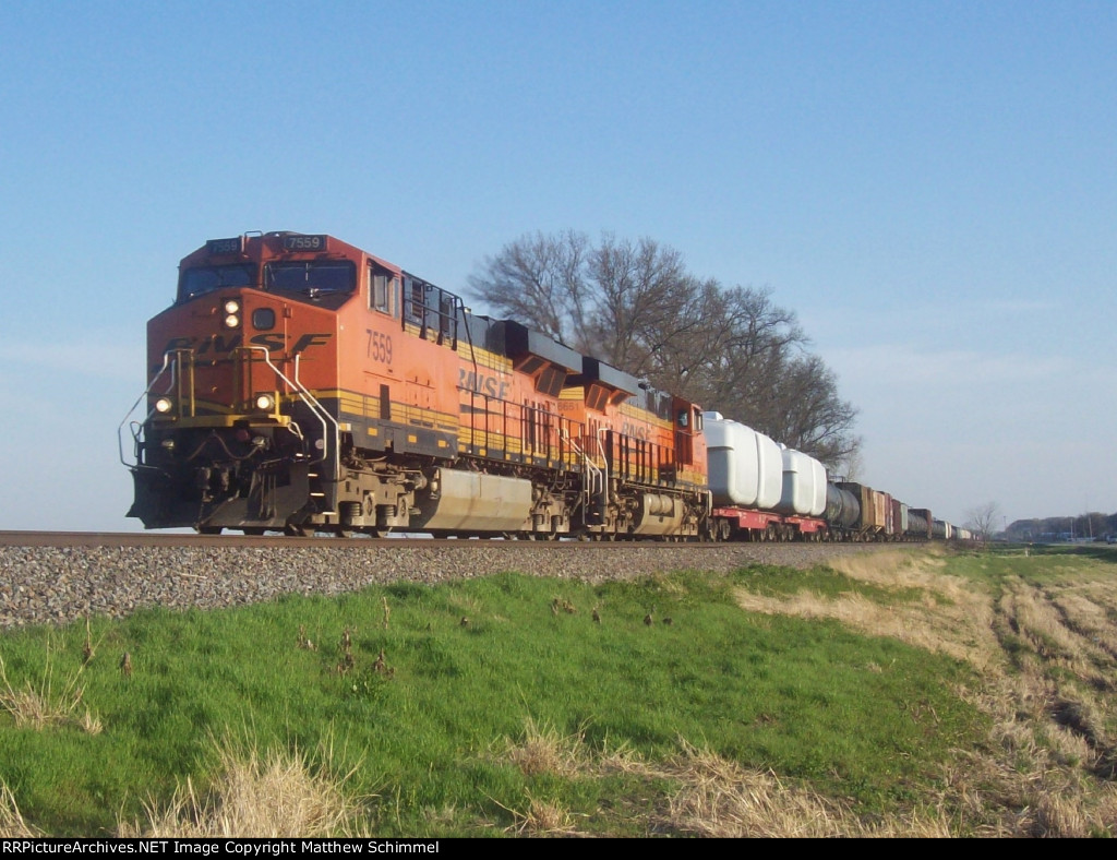 BNSF 7559 & BNSF 6651