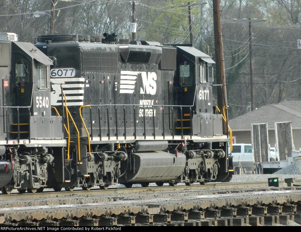 NS 6077 (SD40-2)