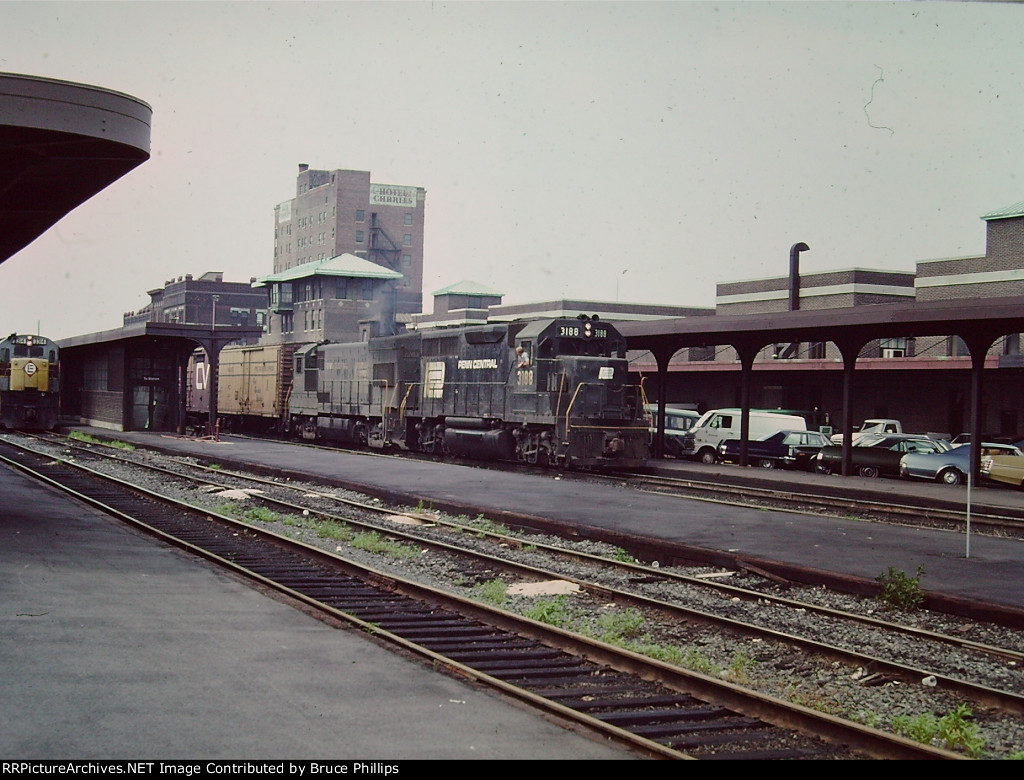 PC (early Conrail) tonnage works through station from West Springfield yard