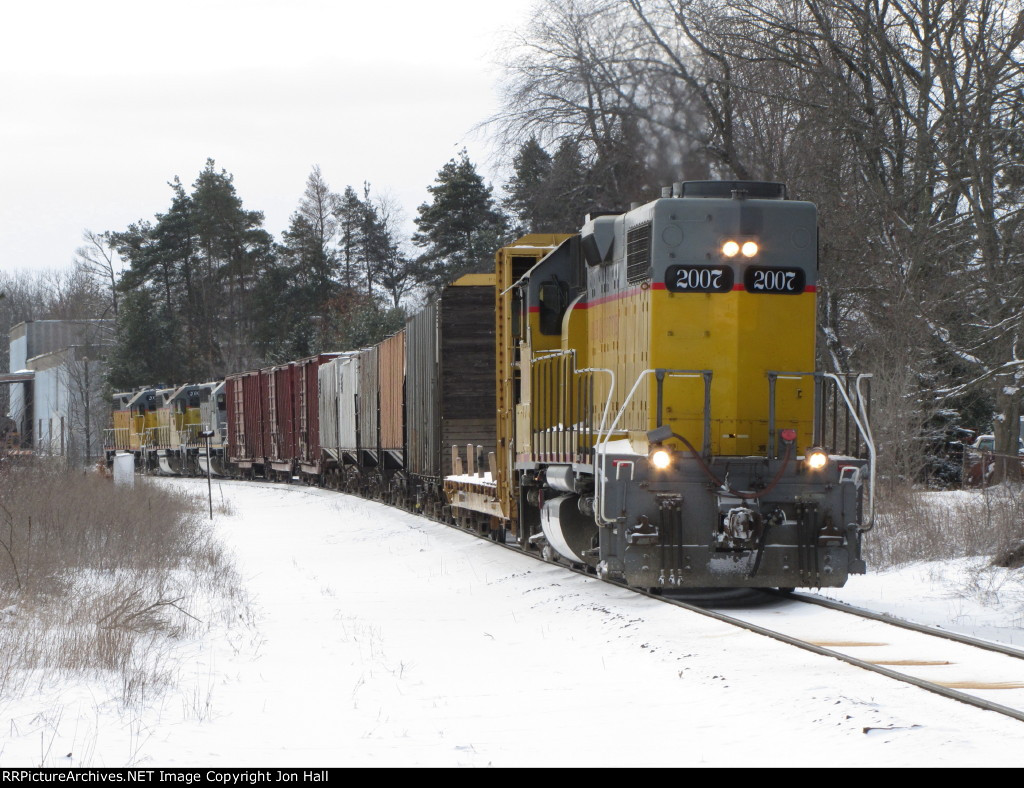 After finishing their switching, Z151 heads back north at get the rest of their train and reassemble it