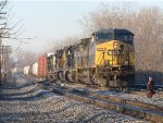 CSX 252 leads 4 more units as Q326 pulls into 2 Track