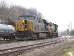 CSX 5439 trails another GE as they head for Wyoming