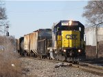 CSX 2773 rolls onto the single main at Seymour with D707-08