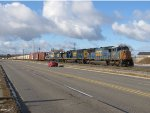 CSX 4708, 4802 and 2 GP's from Holland roll along next to Chicago Dr with Q326