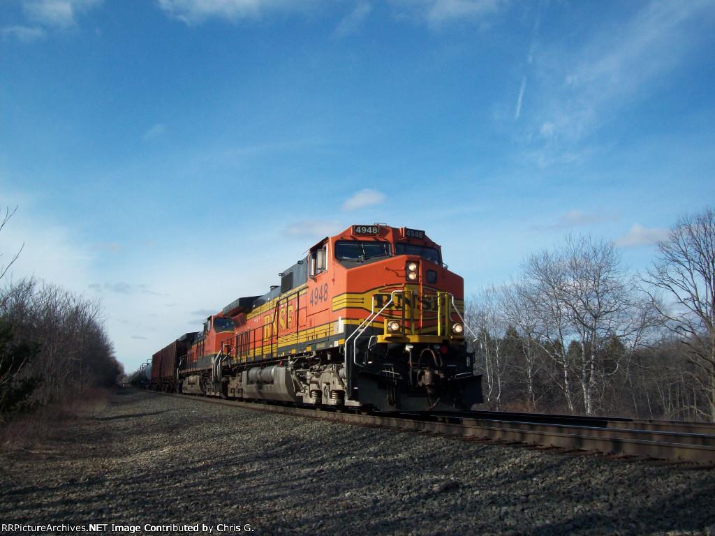 BNSF 4948 & BNSF 1104 Lead Ethanol CSX K654.09 @ CP V.O.