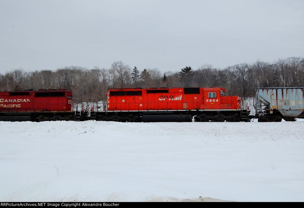 CP locomotive #5954