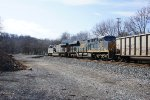 CSX 833 with CSX 950 to get more coal
