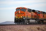 BNSF 6924 gets closer to me as she comes off the Mojave connector to enter the main line at the BNSF Barstow Yard.