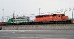 CP 5964 & CITX 3054 in Frontier Yard