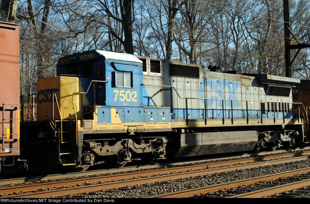 CSX C40-8 7502 on Q439-27