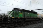 HLCX SD40-2 7170 in BN Green on Q410-28