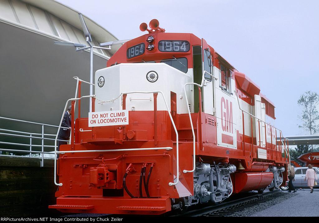 EMDX GP35 1964