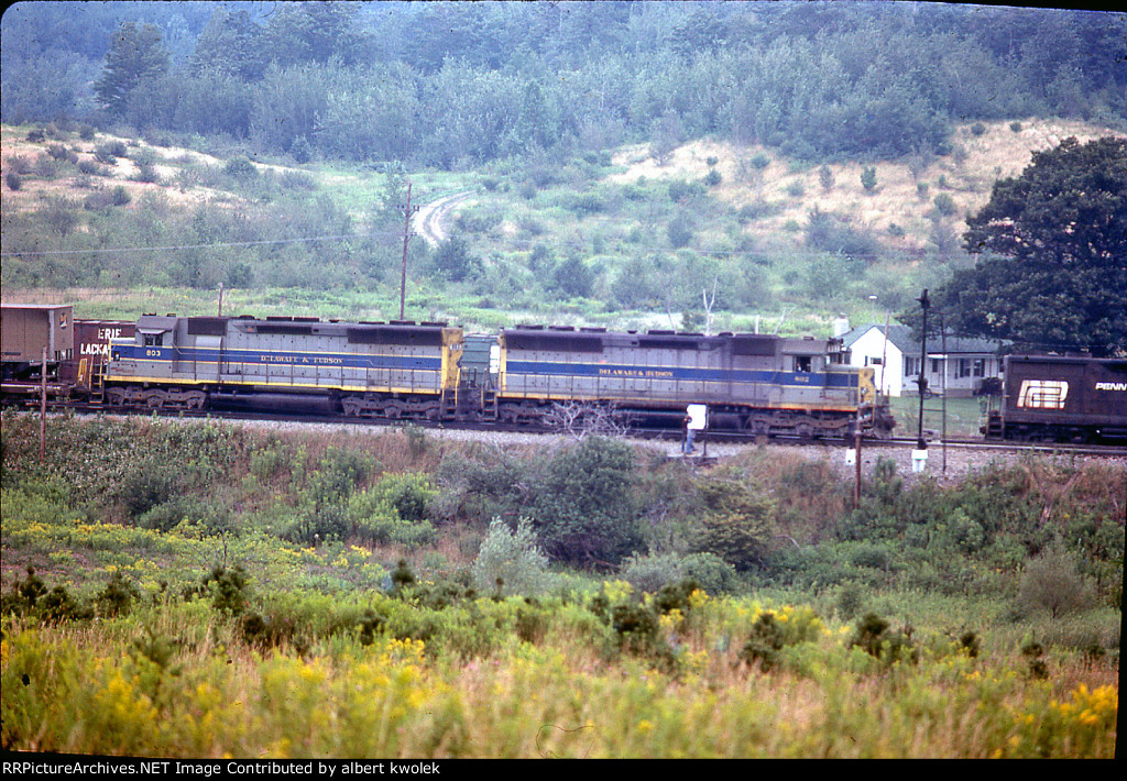 D+H SD45s E B on Erie / EL / CR / NS  S.Tier