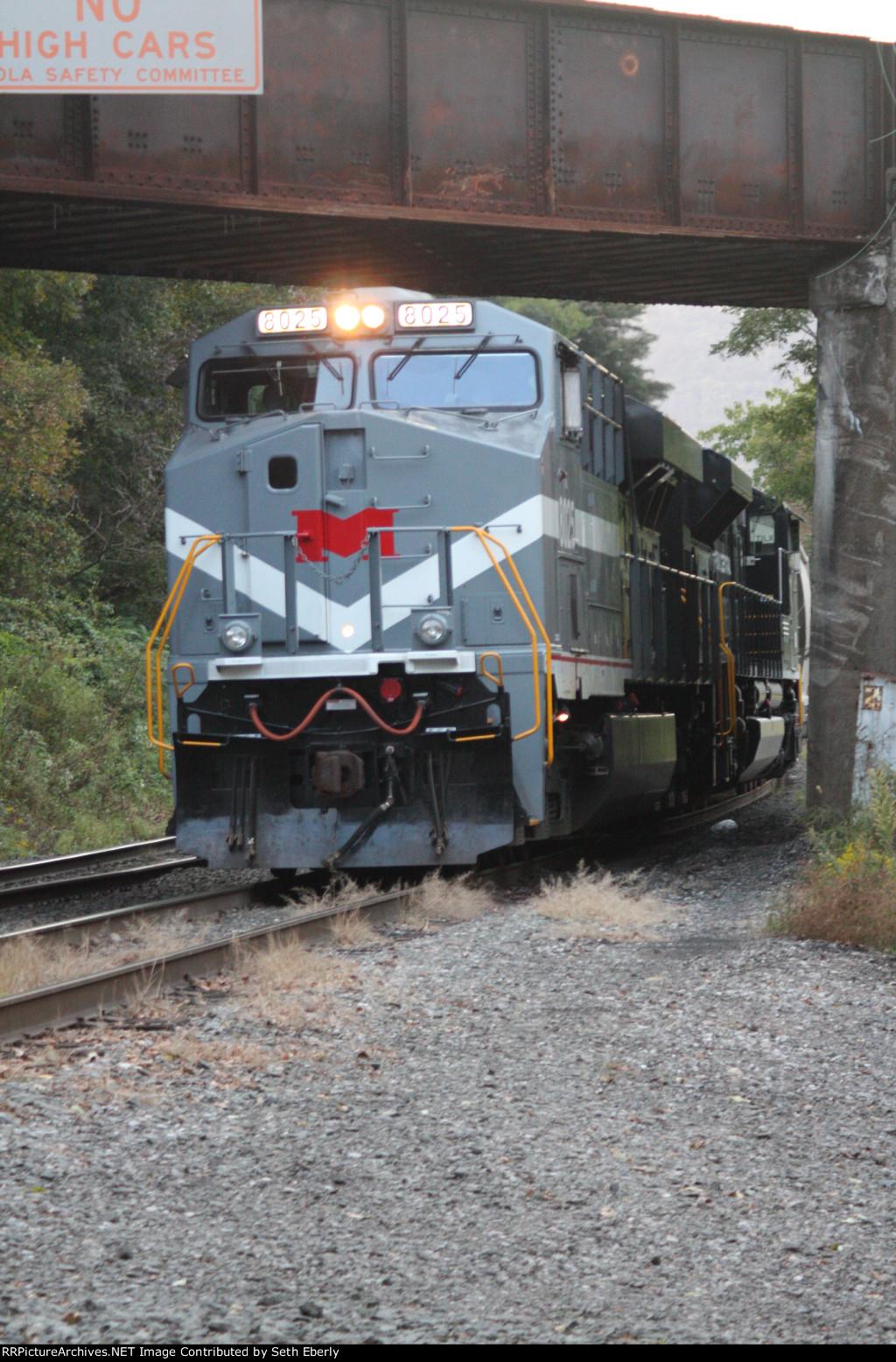 NS 10G EB @ Sharps W/ The Monongahela & Penn Central Heritage units