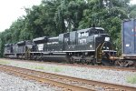 NS 1073 The Penn Central Heritage Unit