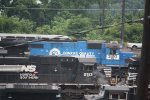 NS 3810 CONRAIL QUALITY Heritage Unit(i wish)