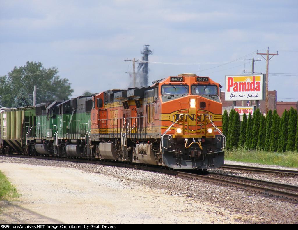 BNSF 4477