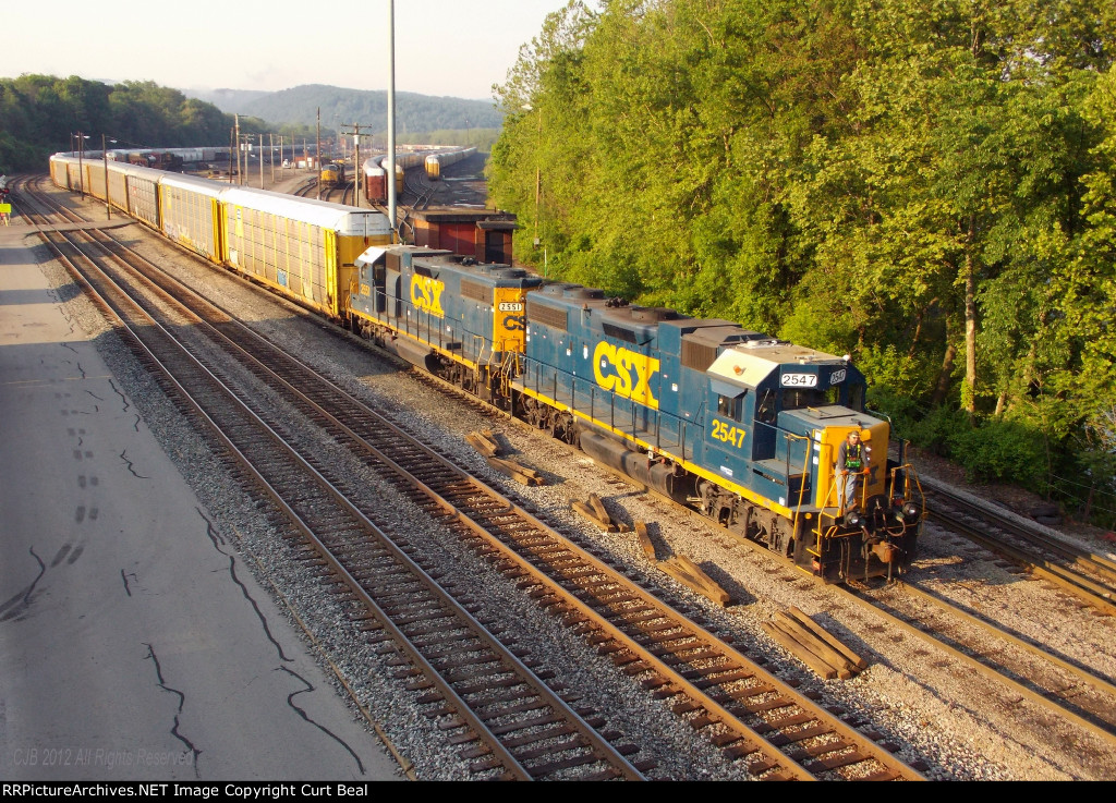 CSX 2547 and 2551 (2)