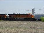 BNSF ES44DC 7512