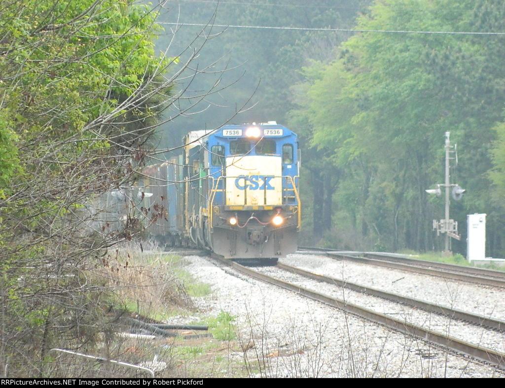 CSX 7536(C40-8) 8072(SD40-2) 4016(SD40-3)