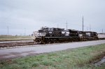 NS 1025