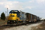 CSX 2773 leads Y106 back west into Grand Rapids